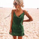 Ideas de looks con vestidos satinados