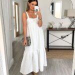Looks con vestido blanco para la playa