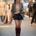 Shorts con blazer y botas para el invierno